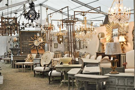 everything is bigger in texas marburger farm antique show