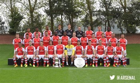 the official arsenal fc arsenal fc on twitter quot the official arsenal team photo for 2014 15 http t co 3zco1ubuvw quot