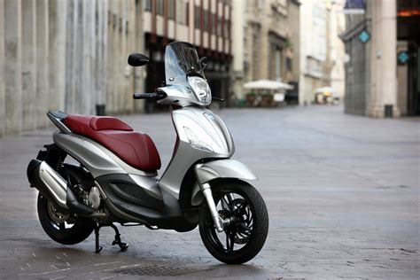 piaggio bv 350 scooter announced for us but without abs