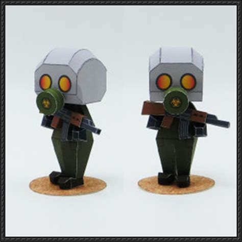 Gas Mask Papercraft - gas mask soldier free papercraft