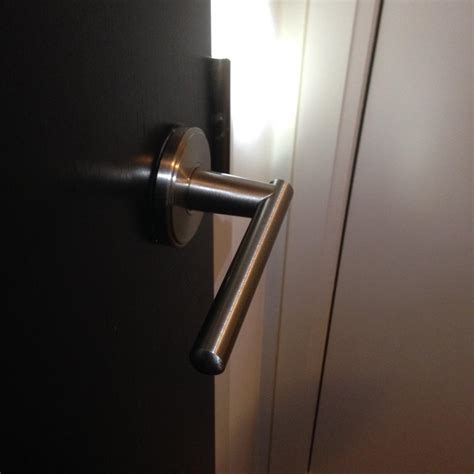 Door Knob No Screws by Screws Door Handles