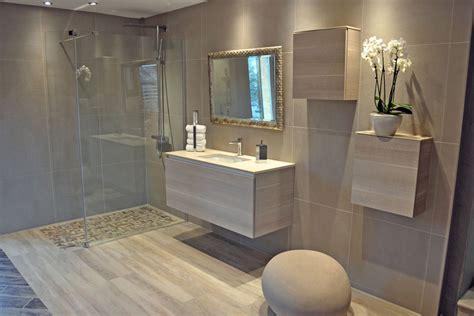 awesome faience mosaique salle de bain moderne  #1: salle-de-bain-avec-douche-italienne-et-baignoire.jpg