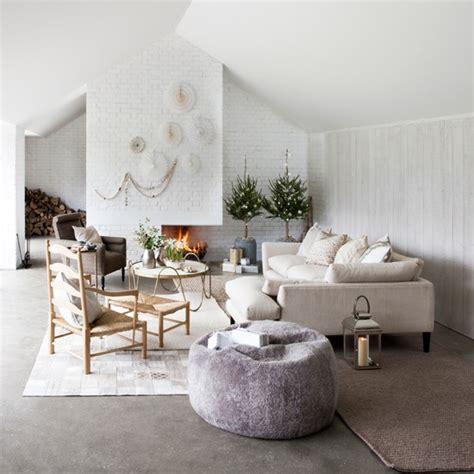 scandi living room white scandi style living room housetohome 海外インテリア