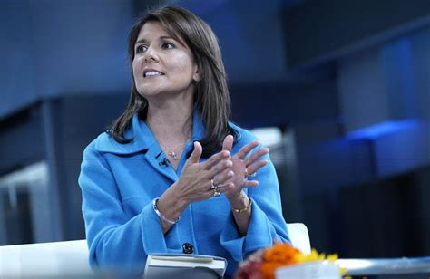 indian american  south carolina gov nikki haley resigns  boeing board  airlines