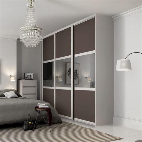 shaker sliding wardrobe doors sliding wardrobe world