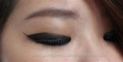 Eyeliner Stylo Wardah tutorial eunhye for w magz we are moving