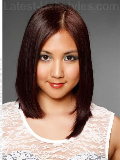 beutician pics of hairstsyles they have done the 15 most flattering haircuts for round faces latest