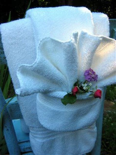 tutorial towel origami 630 best images about towel cake gifts on pinterest