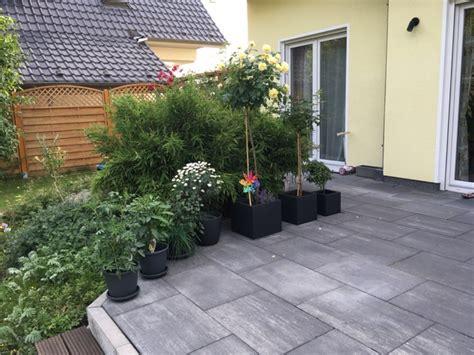 Terrasse Bepflanzen by Bepflanzung Am Haus Garten Sichtschutz Gerumiges Haus