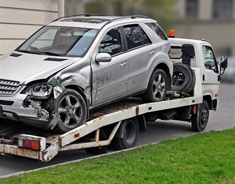 Dallas Truck Lawyer 2 by Who Is At Fault In A Car Involving A Tow Truck In