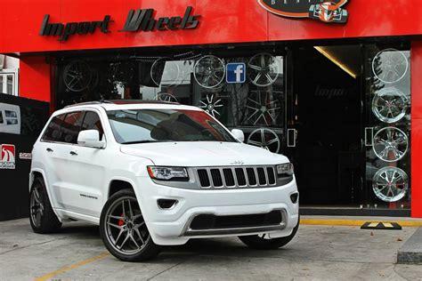 White Jeep Grand With Black Rims Grand Savini Wheels