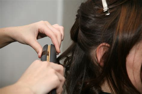Hair Styler Ironer by How To Make Hair Wavy Hair Tutorial And Hair Tips