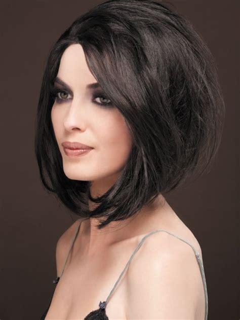 cortes de cabello mediano ondulado peinados a la moda cabello mediano con las puntas hacia