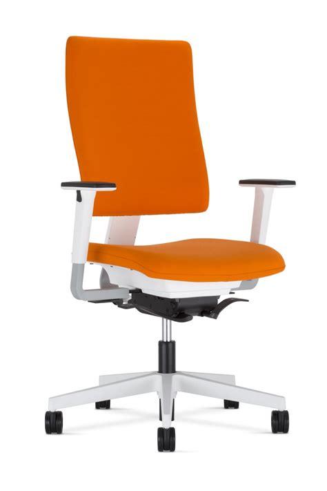 schreibtischstühle ergonomisch dreams4home design drehstuhl quot finger quot b 252 rostuhl