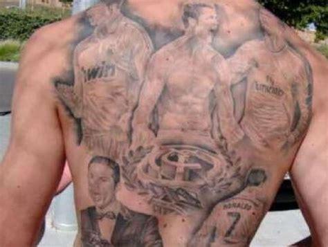 aficionado se tatua toda la espalda en homenaje a cr7