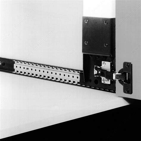 series 123 flipper door slide richelieu hardware
