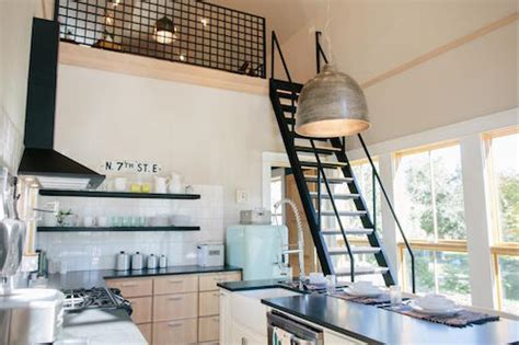 fixer upper houseboat donna june chip and joanna gaines give this tiny waco home an amazing