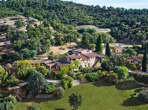 johnny depp house johnny depp lists france home for 27 million people com