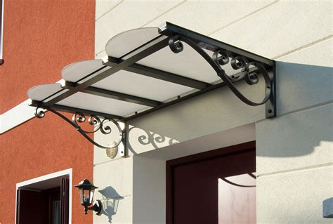 tettoie plexiglass per esterni pensiline e tettoie su misura antipioggia e ombreggianti