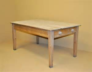 Pine Kitchen Table Pine Kitchen Table R3411 Antiques Atlas
