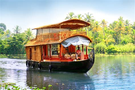 house boat india kerala backwater tours luxury beach resort or houseboat