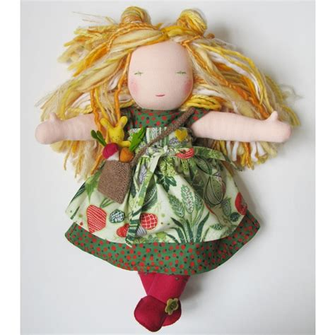 Handmade Waldorf Dolls - discover and save creative ideas