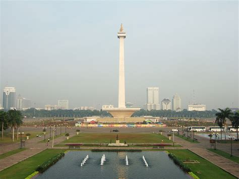 Monumen Nasional Monumen Keagungan Bangsa Indonesia ayo ke jakarta monumen nasional