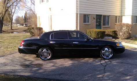 how can i learn about cars 1998 lincoln mark viii transmission control donlebr 1998 lincoln town carexecutive sedan 4d specs photos modification info at cardomain