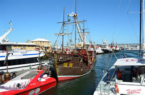 boat ride prices in waterfront the best things to see do in cape town s v a waterfront