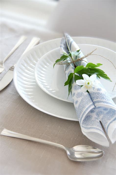 How To Fold Paper Serviettes - paper napkin folding festive table