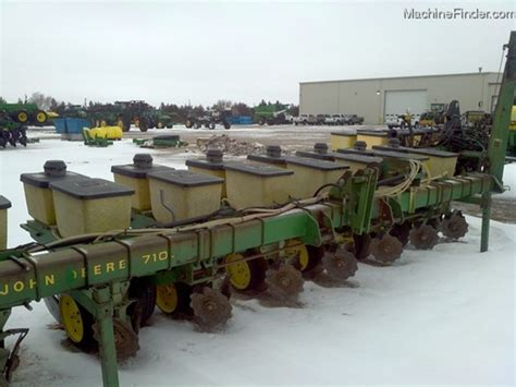 Deere 7100 Planter Parts by 1985 Deere 7100 Planting Seeding Planters