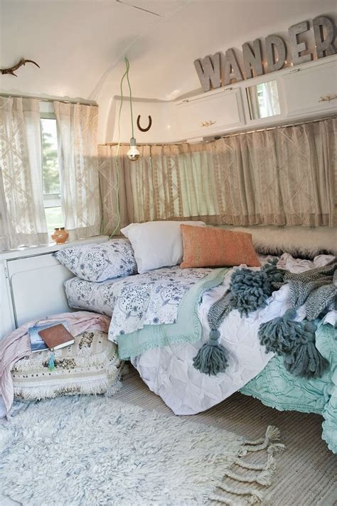 boho chic home decor 25 best ideas about bohemian chic decor on