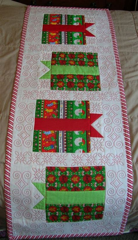 Patchwork Gifts Free Patterns - custom quilted table runner gift boxes