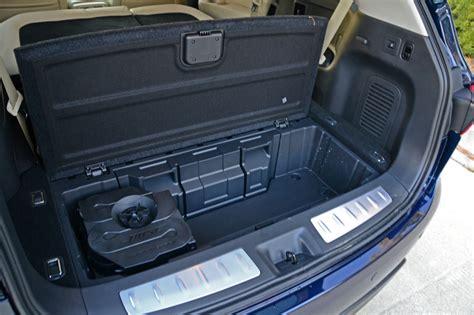 infiniti qx60 trunk space infiniti qx60 cargo capacity