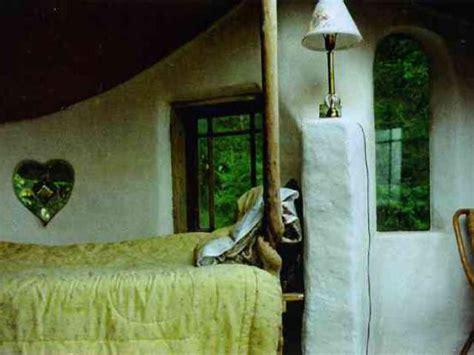 heart house windows cob cottages near cottage grove oregon 1993 1995 cob cottage company