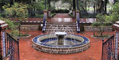 imagenes de jardines arabes c 243 mo decorar un jard 237 n de estilo andaluz