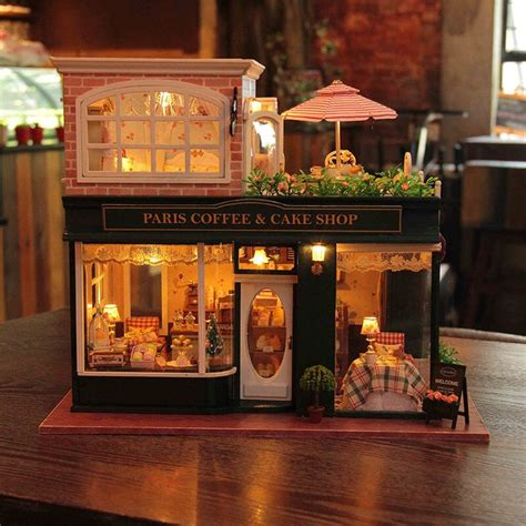 best wooden doll houses best 25 wooden dollhouse ideas on pinterest diy dollhouse popsicle house and diy
