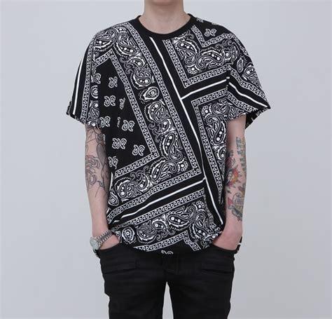 bandana pattern t shirt new paisley bandana printed graphic t shirt black color