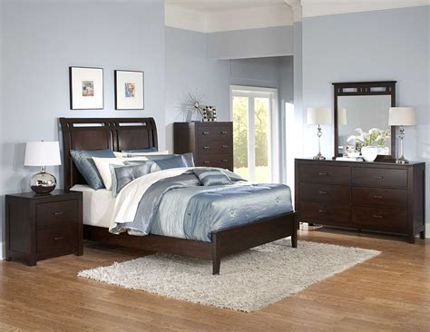 Bed Set by Homelegance Topline Bedroom Set B989 Bed Set