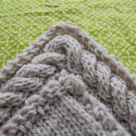 Knit Continuous Cable Border Knitting Crochet