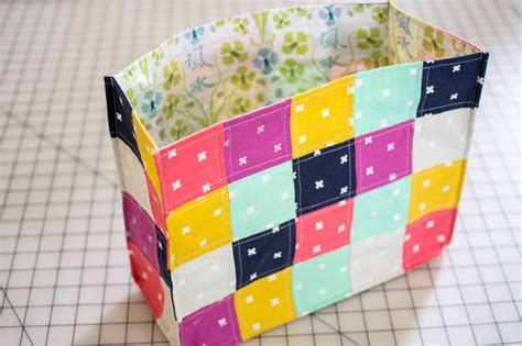 How To Sew Patchwork - speedy patchwork tote bags easy sewing tutorial