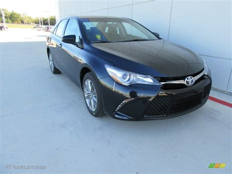 2017 cosmic gray mica toyota camry se 117291255