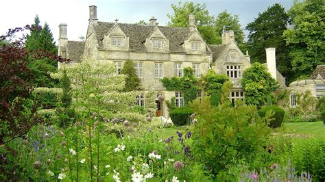 contemporary english country home in gloucestershire barnsley house hotel spa the cotswolds pride of