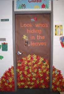 door decorating ideas fall door decoration ideas for the classroom crafty morning