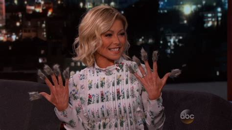 what color polish is kelly ripa wearing on her nails kelly ripa nail polish color today best nail 2017