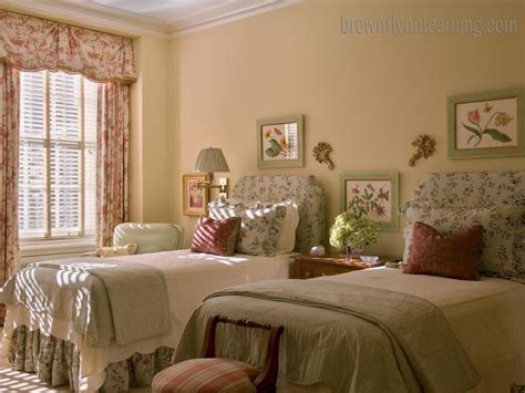 Twin Bedroom Ideas | twin bedroom decorating ideas
