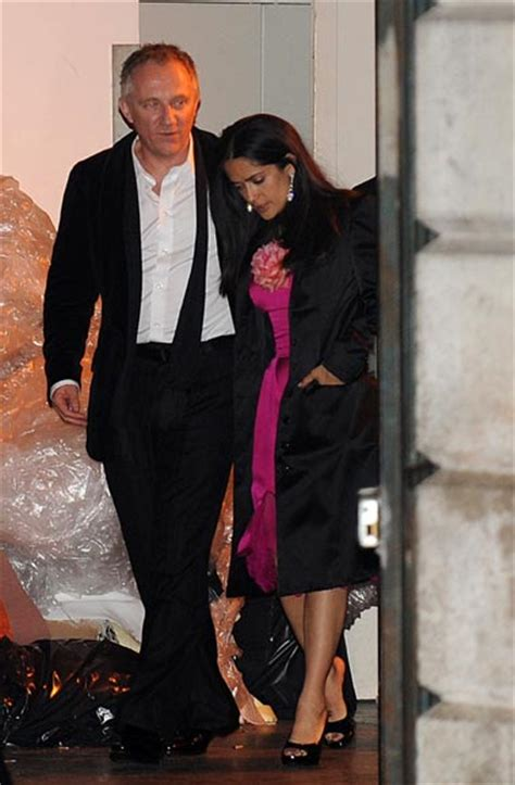 Salma Hayek Is And Engaged by That Style Salma Hayek The Fashionbrides