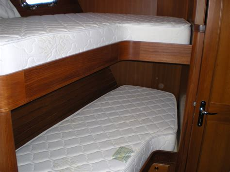 Bunk Beds And Mattresses Rv Mattress Don T Buy One Until You Read This Rvshare