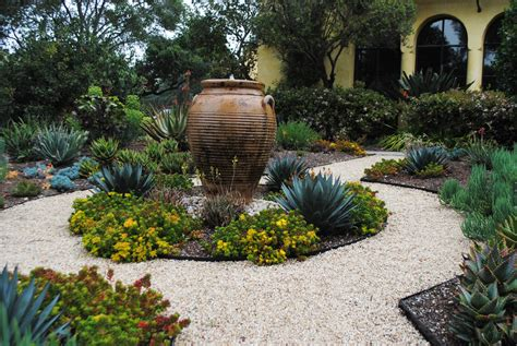 Design My Yard stylish and sustainable garden design eye of the day