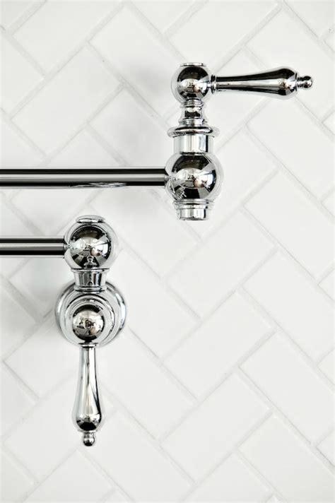 badezimmerfliesen bodenmuster 1083 besten herringbone tile pattern bilder auf